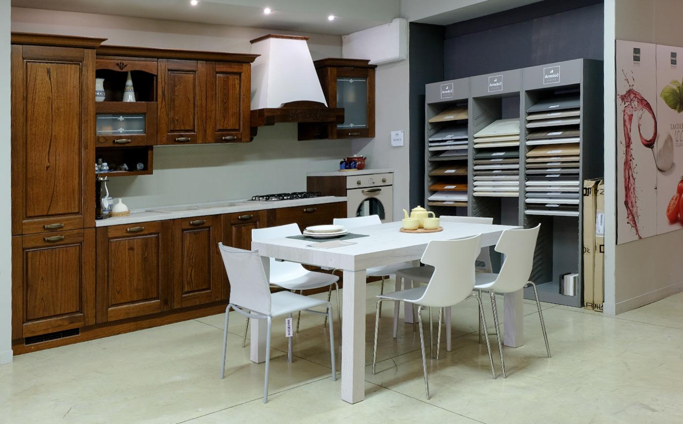 Cucina arredo 3 modello verona dil mobili arredamenti for Arredo verona